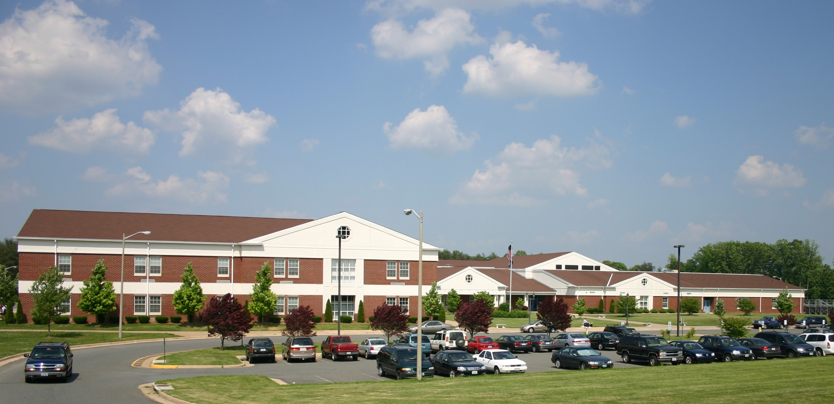H. H. Poole Middle / Homepage